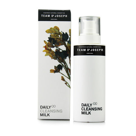 TEAM DR JOSEPH Daily Cleansing Milk